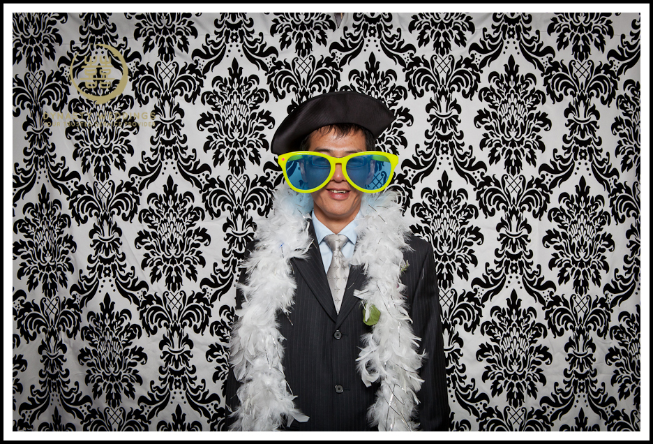 NewYorkCity-Wedding-PhotoBooth-Giandos-On-The-Water-photographer-y (41)