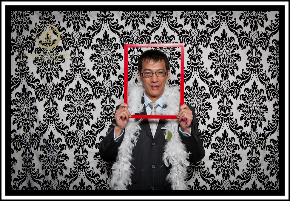 NewYorkCity-Wedding-PhotoBooth-Giandos-On-The-Water-photographer-y (40)