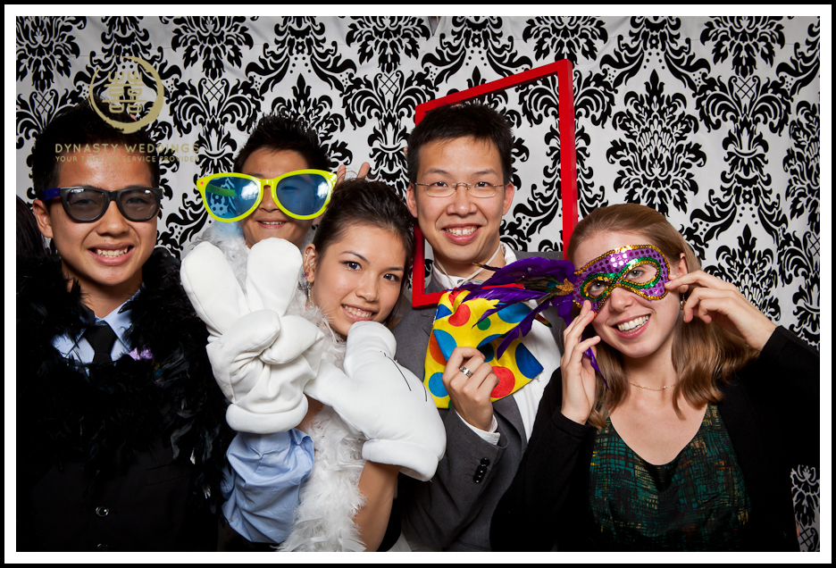 NewYorkCity-Wedding-PhotoBooth-Giandos-On-The-Water-photographer-y (34)