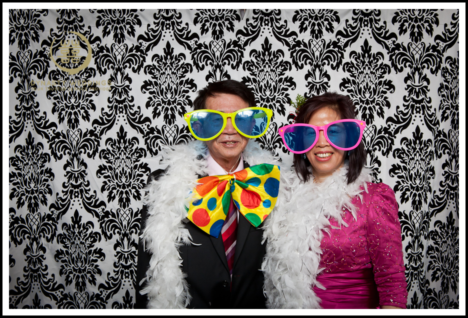 NewYorkCity-Wedding-PhotoBooth-Giandos-On-The-Water-photographer-y (26)
