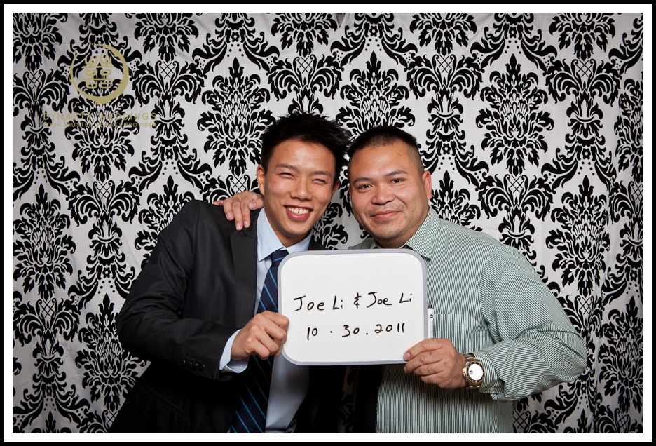 NewYorkCity-Wedding-PhotoBooth-Giandos-On-The-Water-photographer-y (25)