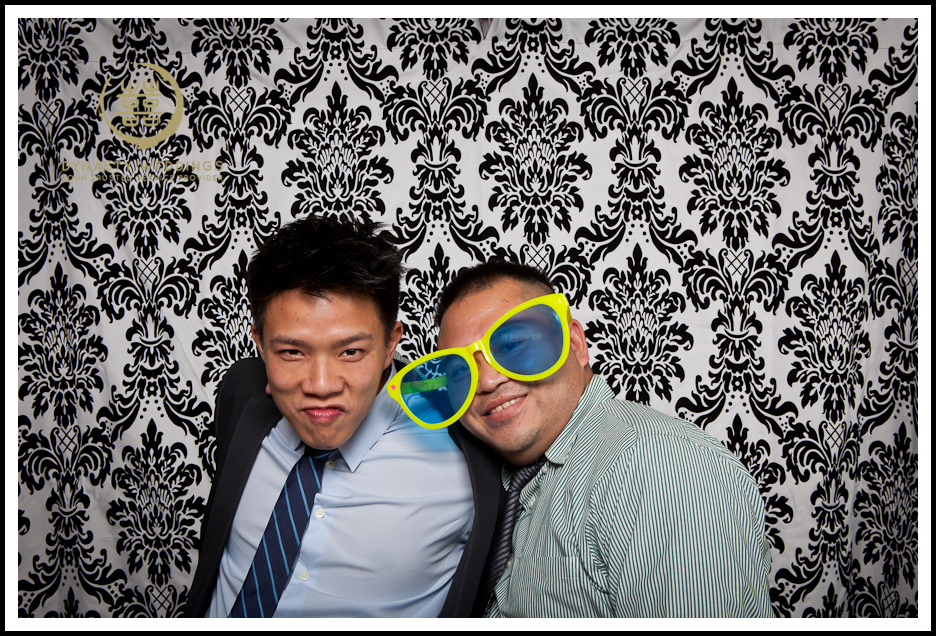 NewYorkCity-Wedding-PhotoBooth-Giandos-On-The-Water-photographer-y (24)