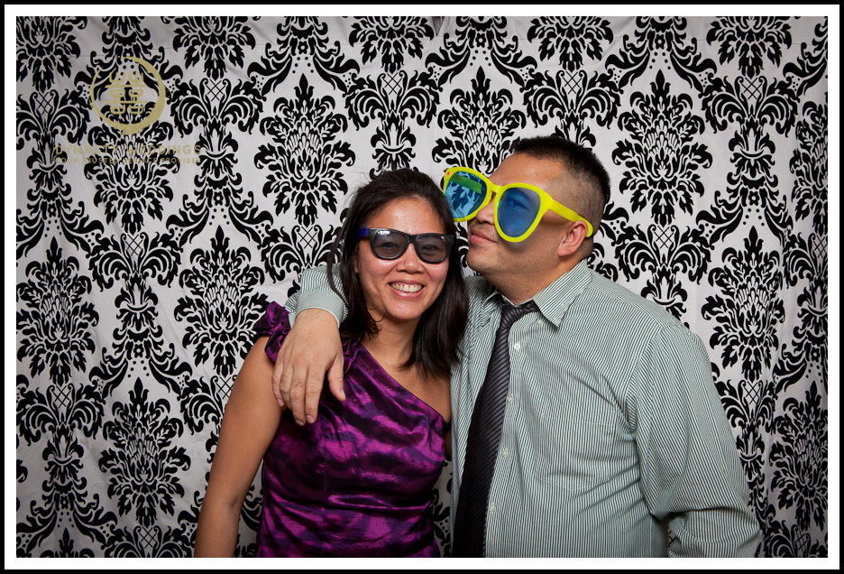 NewYorkCity-Wedding-PhotoBooth-Giandos-On-The-Water-photographer-y (23)