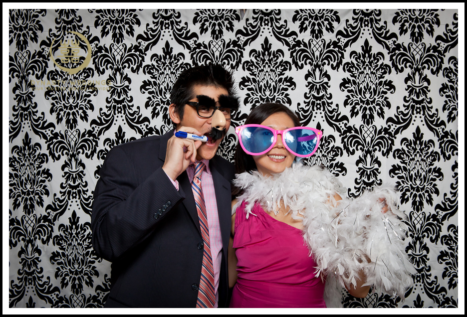 NewYorkCity-Wedding-PhotoBooth-Giandos-On-The-Water-photographer-y (22)