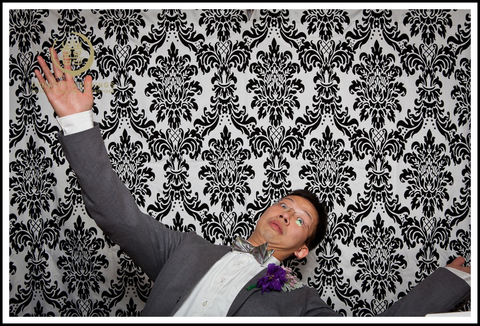 NewYorkCity-Wedding-PhotoBooth-Giandos-On-The-Water-photographer-y (18)