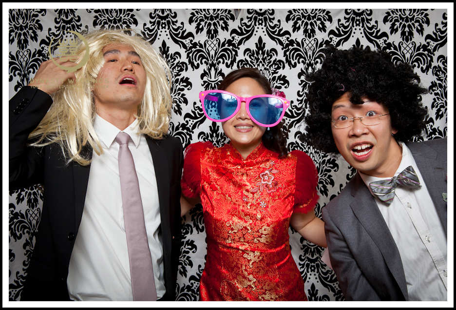 NewYorkCity-Wedding-PhotoBooth-Giandos-On-The-Water-photographer-y (17)