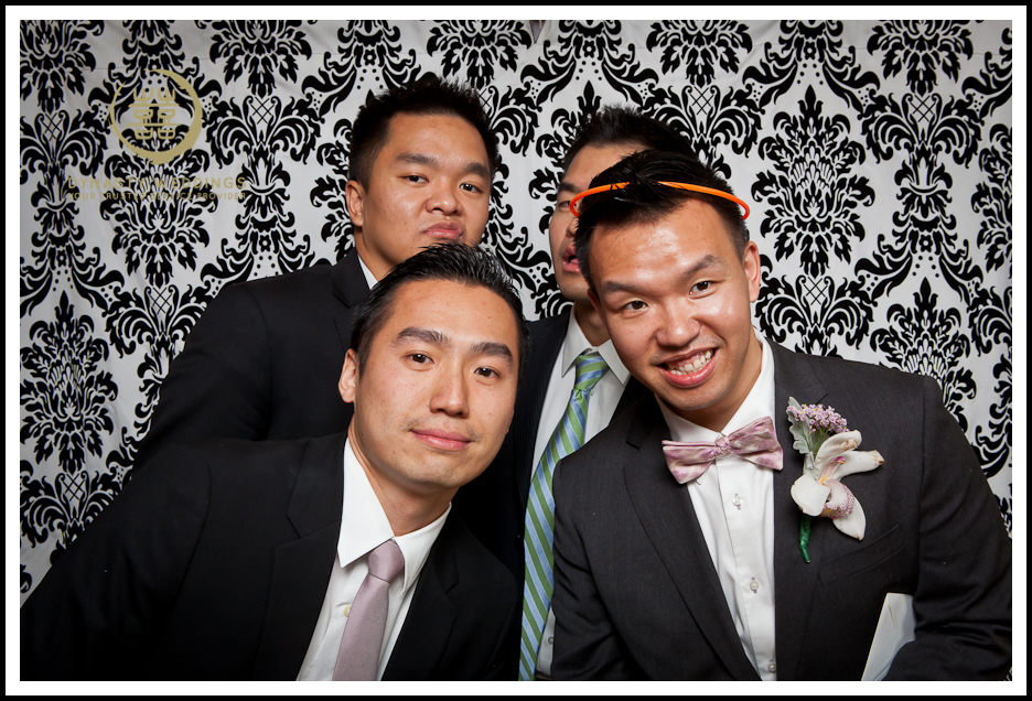 NewYorkCity-Wedding-PhotoBooth-Giandos-On-The-Water-photographer-y (15)