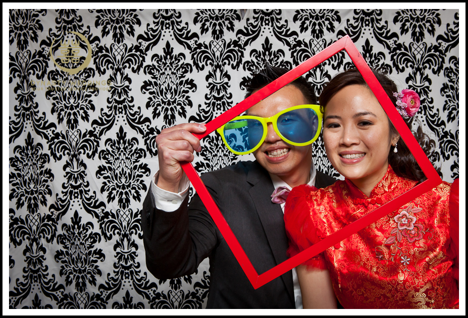NewYorkCity-Wedding-PhotoBooth-Giandos-On-The-Water-photographer-y (12)