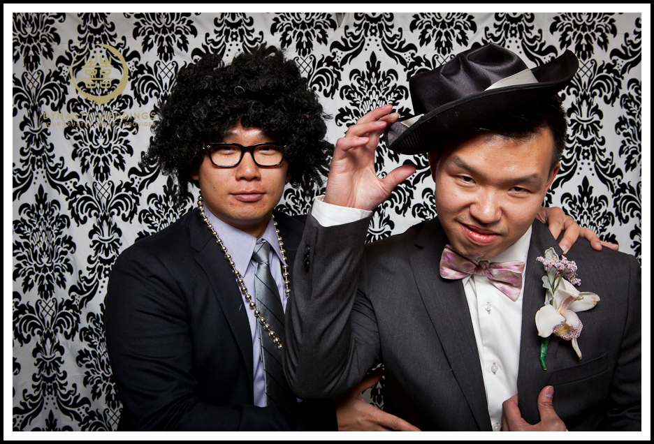 NewYorkCity-Wedding-PhotoBooth-Giandos-On-The-Water-photographer-y (4)