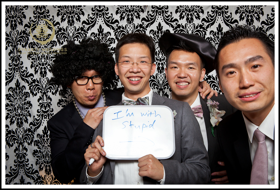 NewYorkCity-Wedding-PhotoBooth-Giandos-On-The-Water-photographer-y (3)