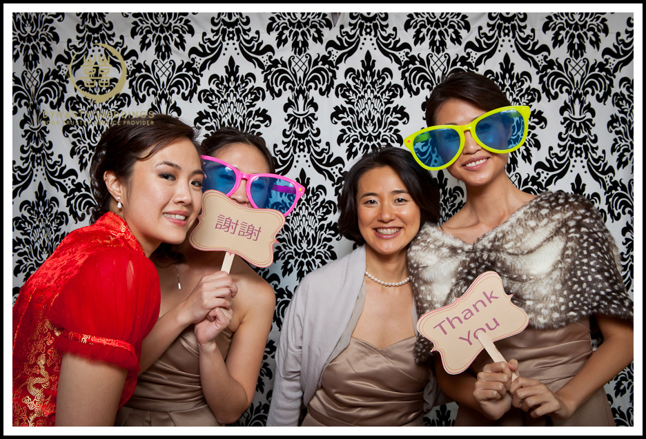 NewYorkCity-Wedding-PhotoBooth-Giandos-On-The-Water-photographer-y (1)