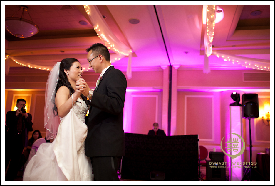 Sheraton-Flushing-Chinese-Banquet-Wedding-Photography (8)