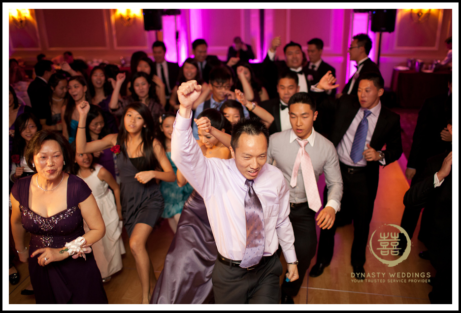 Sheraton-Flushing-Chinese-Banquet-Wedding-Photography (23)