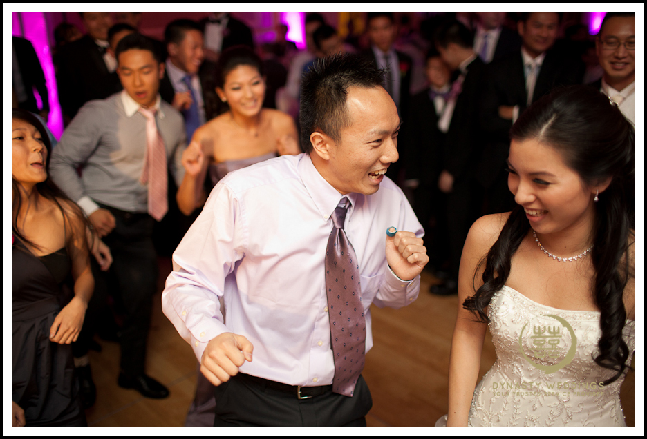 Sheraton-Flushing-Chinese-Banquet-Wedding-Photography (24)