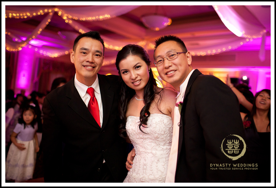 Sheraton-Flushing-Chinese-Banquet-Wedding-Photography (25)