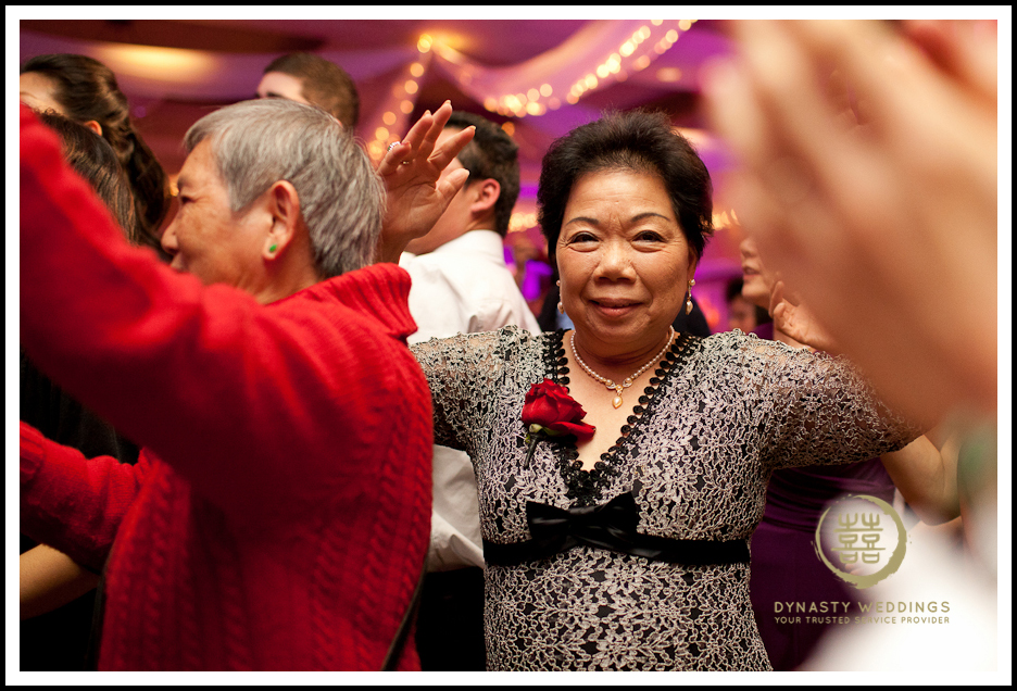 Sheraton-Flushing-Chinese-Banquet-Wedding-Photography (30)