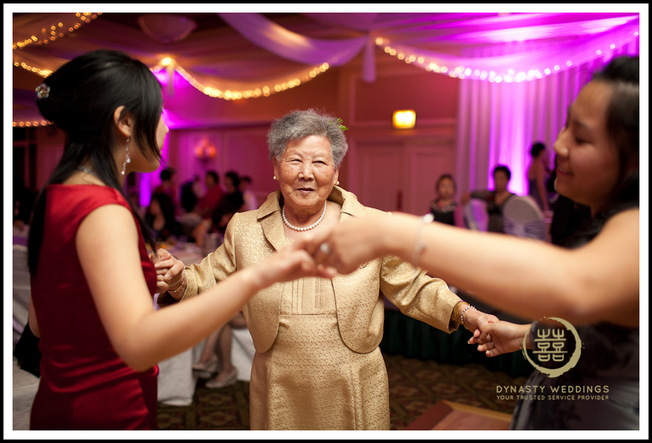 Sheraton-Flushing-Chinese-Banquet-Wedding-Photography (39)