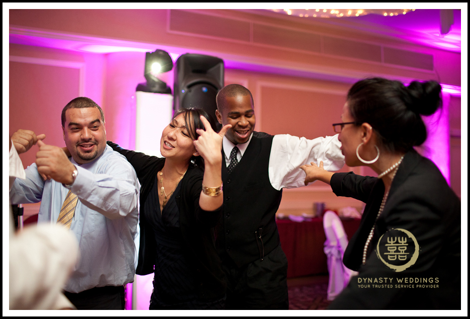Sheraton-Flushing-Chinese-Banquet-Wedding-Photography (40)