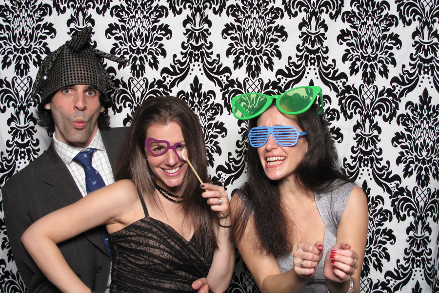 new-york-wedding-photo-booth-at-the-foundry-long-island-city (3)
