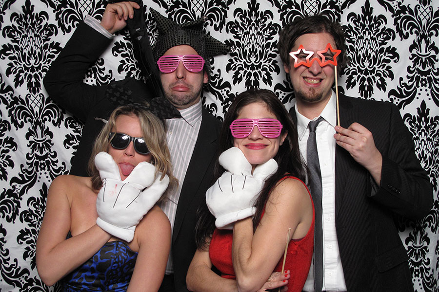 new-york-wedding-photo-booth-at-the-foundry-long-island-city (5)
