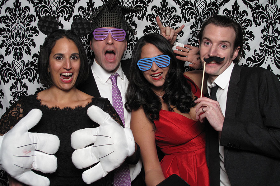 new-york-wedding-photo-booth-at-the-foundry-long-island-city (9)