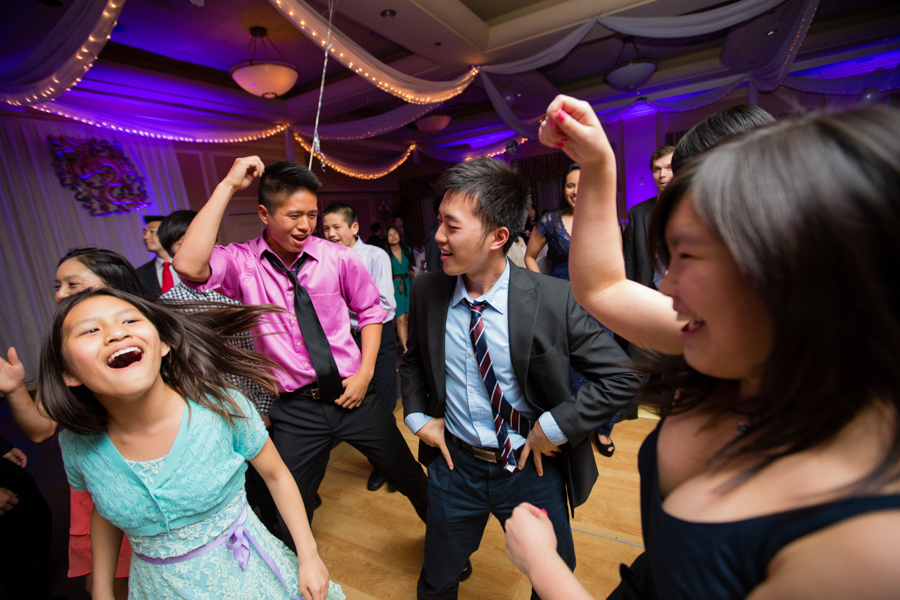 NANDREW2013-SHERATON-FLUSHING-ASIAN-AMERICAN-WEDDING-PHOTOS-BILINGUAL-DJ-MC-_0072